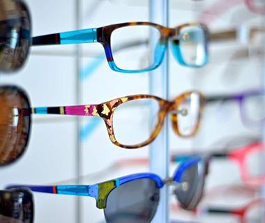 Designer Frames in-store